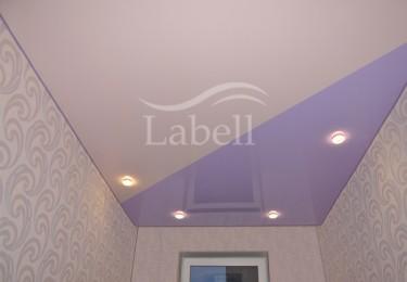 Одноуровневые двухцветные натяжные потолки фото